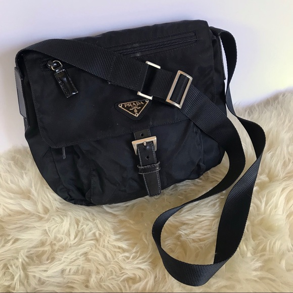 47df2411e33b PRADA Black Nylon Tessuto Small Crossbody Bag. M 5b43c21cbaebf600e7312b99